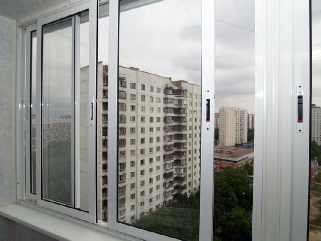 Остекление балконов алюминиевым и пластиковым